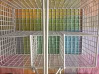 Wire caddy for crayons
